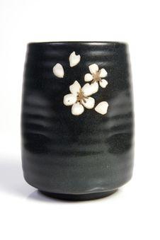 Free Tea Bowl - Japanese Pottery Stock Photos - 19485763