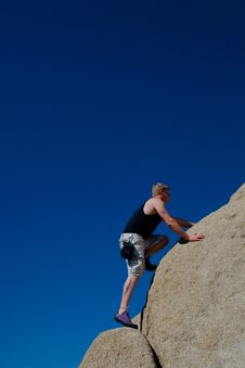 Free Rock Climber Bouderling Royalty Free Stock Images - 19488149