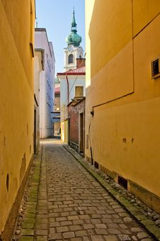 Free Narrow Alley Stock Photos - 19490133