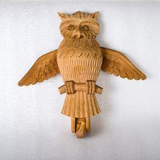 Free Wooden Owl Royalty Free Stock Photo - 19491055