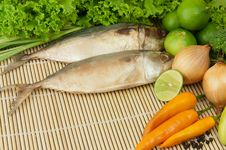 Free Fish And Vegetable Stock Images - 19491924