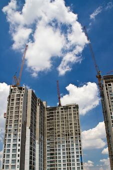Free Raw State Residential Highrise And Jib Crane Stock Photo - 19492320