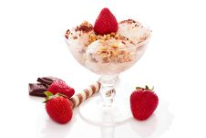 Free Ice Cream With Nuts And Strawberry Royalty Free Stock Image - 19492996