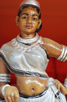 Free Sculpture Of Tribal Woman From India Royalty Free Stock Photo - 19495815