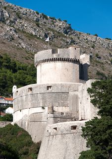 Free Walls Of Dubrovnik In Croatia Royalty Free Stock Image - 19496906