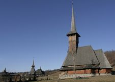 Free Wooden Monastery And Wooden Church In The Foreground Royalty Free Stock Images - 1951209
