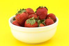 Free Bowl Of Strawberries Stock Image - 1952121