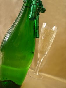 Free Close-up View Bottle And Champagne Glasses On Golden Background Royalty Free Stock Photography - 1955637