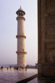 Free Taj Mahal Royalty Free Stock Photo - 1956015