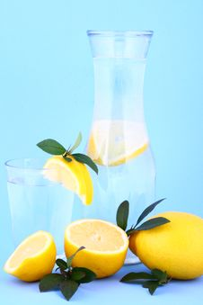 Free Water Lemon Royalty Free Stock Images - 1956889