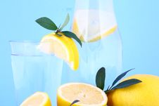Water Lemon Royalty Free Stock Photos