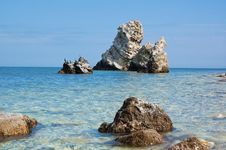 Free Sea Rocks Royalty Free Stock Image - 19502546