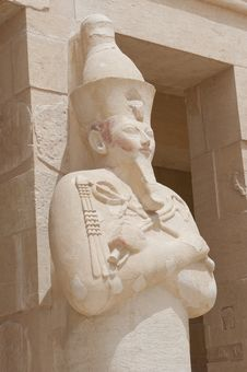 Free Statue At Hatshepsut Temple In Luxor Stock Photos - 19503813