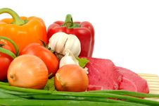 Free Beef And Vegetables Royalty Free Stock Photos - 19506368