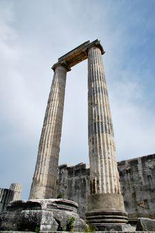 Free The Columns Of Apollo Temple Royalty Free Stock Photos - 19511638