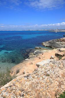 Free Mediterranean Paradise Royalty Free Stock Photography - 19514827