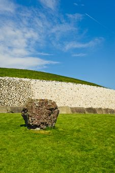 Free Megalithic Passage Tomb, Newgrange, Ireland Stock Photography - 19515632