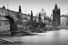 Free Nostalgic Charles Bridge Royalty Free Stock Photos - 19516138
