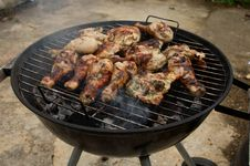 Free Barbecuing Chicken Royalty Free Stock Photography - 19517867