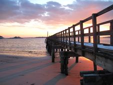 Free Pier To Infinity Royalty Free Stock Images - 19518639