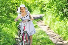 Free Young Woman With A Vintage Bicycle Royalty Free Stock Images - 19523109