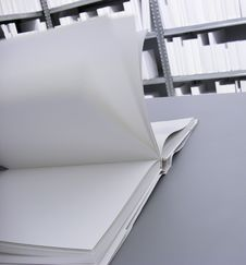 Free Open White Book Royalty Free Stock Photography - 19523597