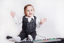 Free Little Musician Royalty Free Stock Photography - 19524517