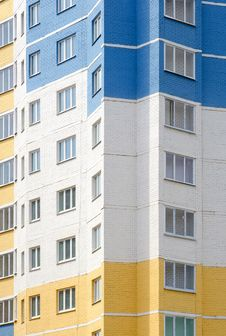 Free Tall Apartments Building As A Background Royalty Free Stock Images - 19527329