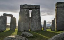 Free Stonehenge At Dawn Royalty Free Stock Photography - 195227267