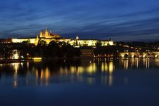 Free Prague Castle After Sunset Royalty Free Stock Images - 19533469
