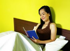 Free Woman In Bedroom Royalty Free Stock Images - 19536009