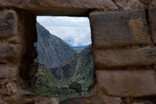 Free Mountain View, Ollantambo, Peru Royalty Free Stock Image - 19543046