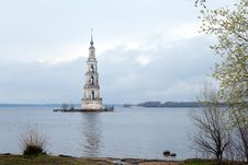 Free Flooded Belltower In Kalyazin Royalty Free Stock Photos - 19543938