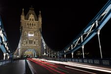 Free Tower Bridge Night Traffic Royalty Free Stock Photos - 19545358