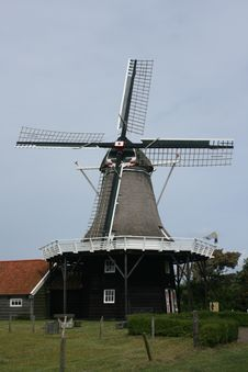 Free Dutch Windmill On Isle Stock Images - 19549474
