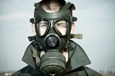 Free Bizarre Portrait Of Man In Gas Mask Royalty Free Stock Photos - 19553948