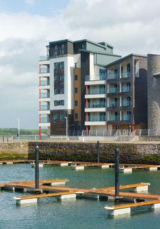 Free Caernarfon Waterfront Development With Marina Royalty Free Stock Photos - 19554538