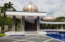 Free Crescent-shaped Pavillion Turu Negara Stock Photography - 19556222