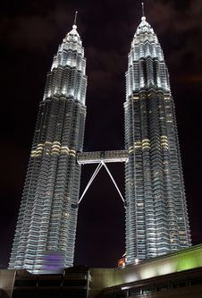 Petronas Towers At Night Royalty Free Stock Image