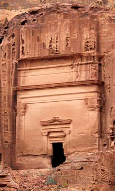 Free Royal Tomb In The Lost Rock City Of Petra, Jordan. Royalty Free Stock Image - 19558116