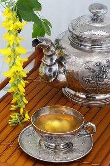 Free Green Tea  Flowers Yellow Acacia Stock Photography - 19559252