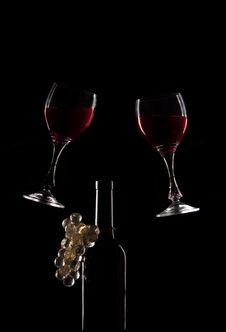Free Red Wine Glasses And Bottle Royalty Free Stock Photo - 19560395