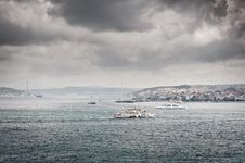 Free Dark Clouds Over Bosphorus Royalty Free Stock Photo - 19568615