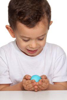 Free Boy Holding Egg Royalty Free Stock Photo - 19569475