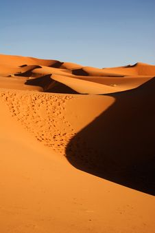 Free Dunes Of Desert Stock Image - 19570031