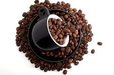Free Coffee Mug With Coffee Beans Royalty Free Stock Photography - 19571917