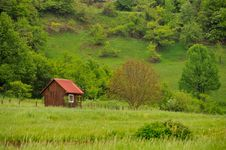 Free Red Cottage In Nature Stock Photos - 19572503