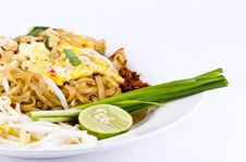 Free Thai Food Pad Thai , Stir Fry Noodles Royalty Free Stock Photography - 19575257