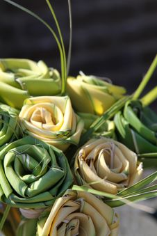 Free Palm Woven Roses Royalty Free Stock Image - 19577896