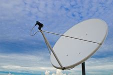 Free Satellite Dish Stock Photography - 19579782